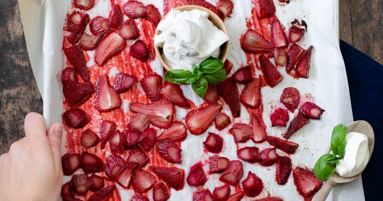 Roasted Strawberry Rhubarb Topping