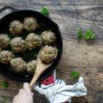 Falafel meatballs - low carb and keto friendly - stuffed with fresh mozzarella