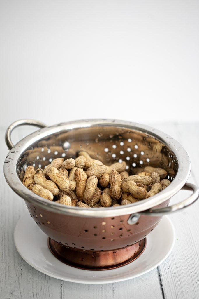 Raw peanuts to make Instant Pot Boiled Peanuts