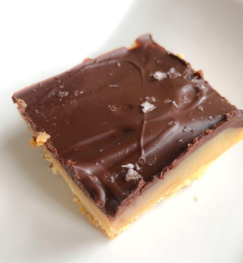 Salted Caramel Shortbread Bars - Noshin' & Num Nums