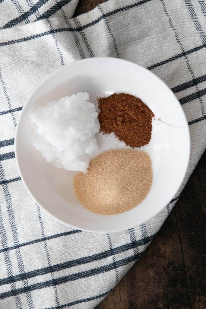 Ingredients for cinnamon swirl : monkfruit sweetener, cinnamon, and coconut oil