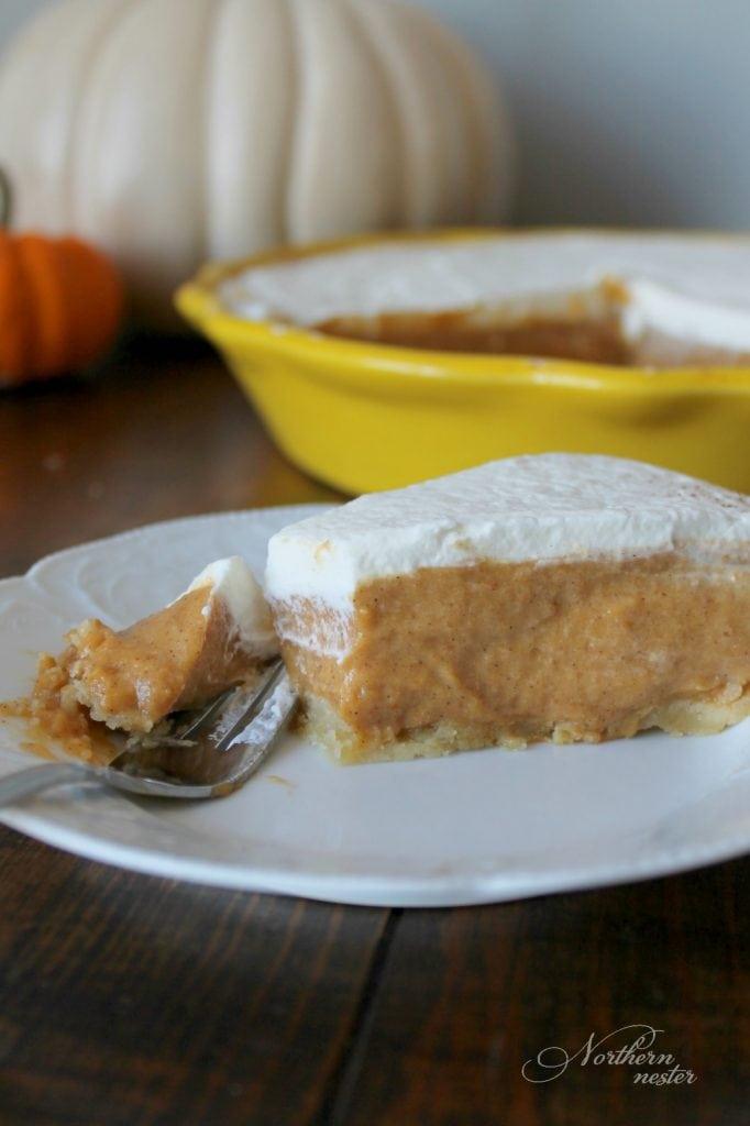 Pumpkin Chiffon Pie | THM: S