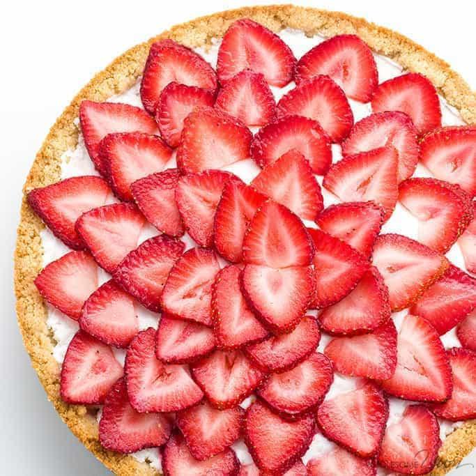 Easy Strawberry Tart Recipe (Paleo, Low Carb, Sugar-free) - 5 Ingredients